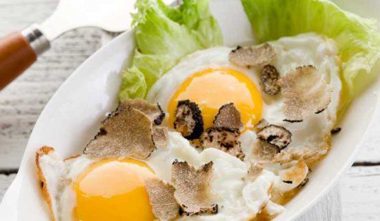 italiaanse truffel - recept - ei met truffelstukjes - nero in fetta - italia tartufi